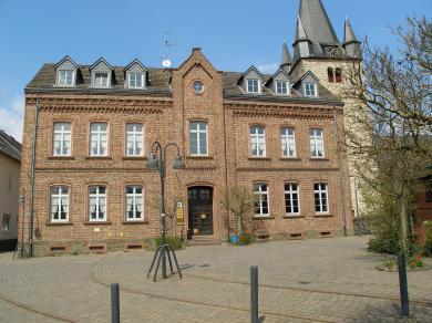 Breit_AlteSchule