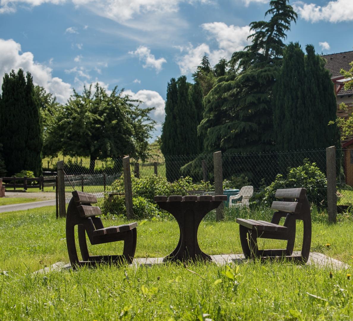 Sitzplatz am Ehrenmal